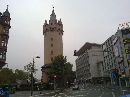 frankfurt eschentorni3
