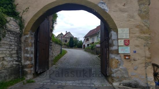 aach-muurin-kaari